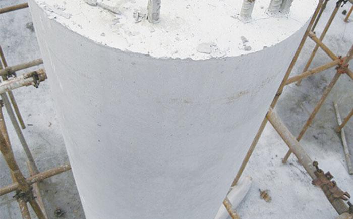 正常600直径的圆柱木模板脱模成型
