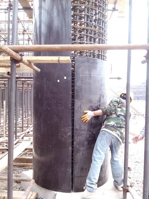 圆柱木模板井子架加固