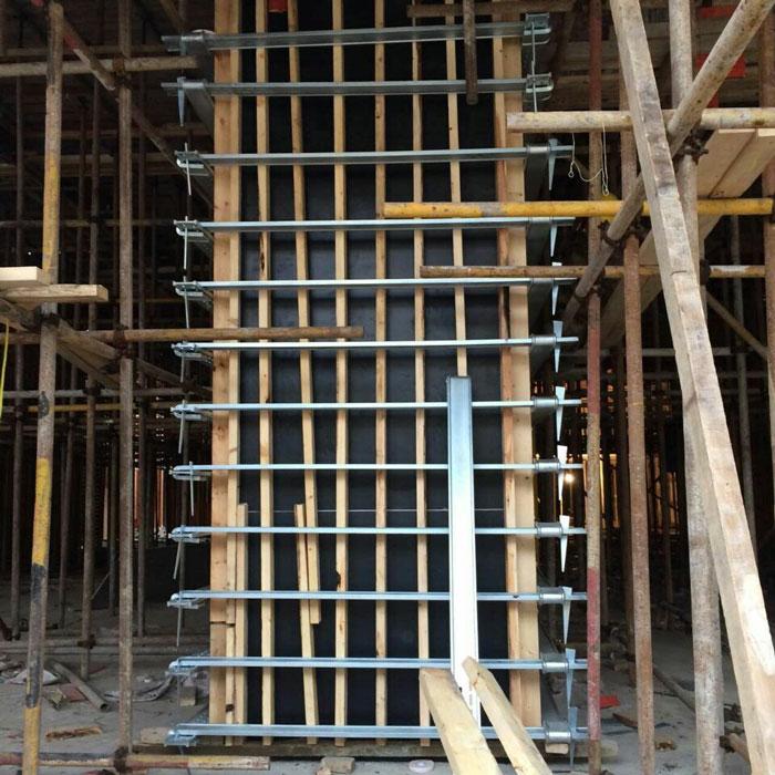 新型方柱扣工地定型效果