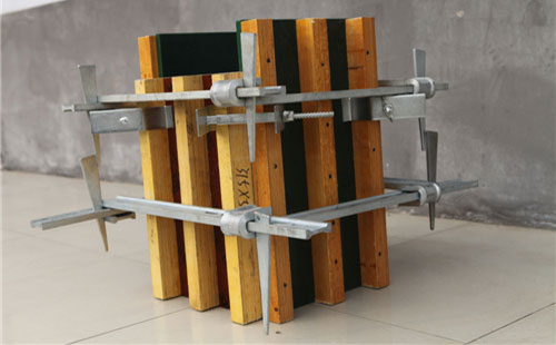 方柱模板加固成型