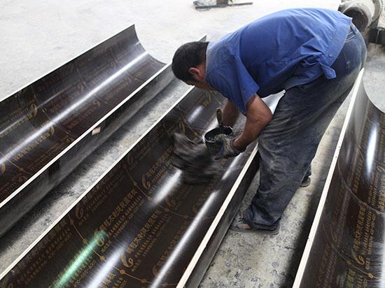 维护清洁圆柱模板的实操步骤